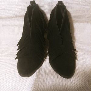 6 Coconuts by Matisse fringe black boots